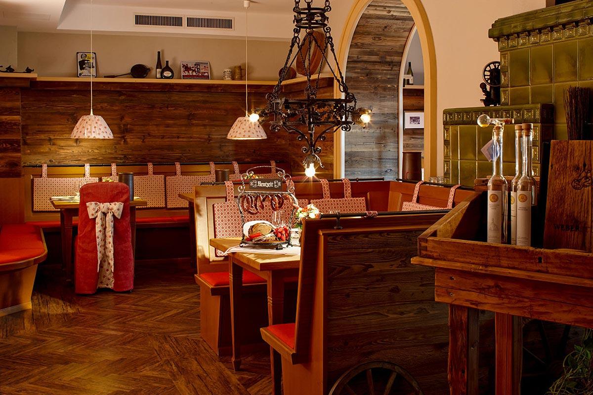 Hotel SCHUMANN Restaurant WEBERSTUBE