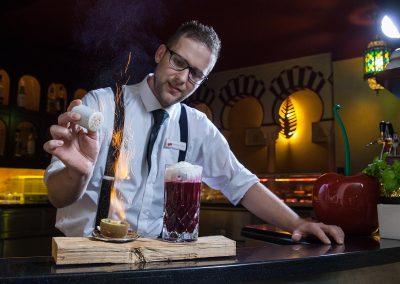 hotel-schumann-kult-hippo-bar-barkeeper-benny